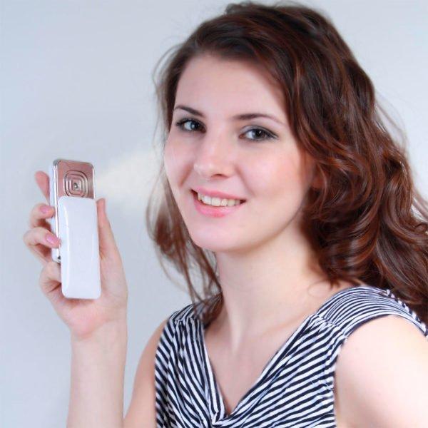 Aqua Beauty карманный увлажнитель для лица